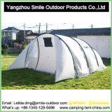 Barraca de acampamento branca da família da câmara de ar impermeável ao ar livre