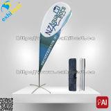 바닷가 깃발 물결치는 깃발을 광고하는 최신 판매