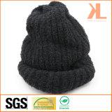 Sombrero hecho punto negro caliente del invierno del acrílico del 100%