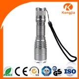 1개의 강력한 LED 토치 손잡을 곳 빛 전술상 재충전용 플래쉬 등에 대하여 전기 3