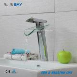 Mélangeur de bassin de robinet de salle de bains balayé par nickel avec le bec en verre