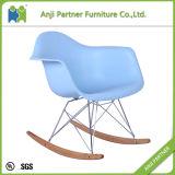 편리한 디자인 플라스틱 튼튼한 다채로운 식당 의자 (죤)