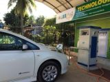 20kw DC Rapid EV Chademo cobrando Nissan Leaf at Home