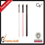 Порошок брови метки частного назначения составляет щетку с пластичной ручкой