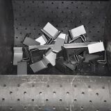 Máquina del chorreo con granalla de la correa de la caída para los resortes y los tornillos de la limpieza