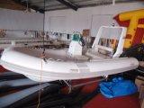 Peschereccio gonfiabile classico, piccolo a buon mercato fatto nella barca della nervatura della Cina, nell'imbarcazione a motore esterna, nel PVC o in Hypalon Rib470A con il CERT del Ce. per la vendita
