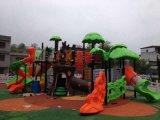 Kaiqi im Freienspielplatz der mittelgrossen Schloss-Serien-Kinder (KQ10033A)