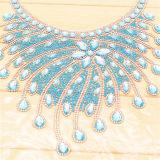 Custom Made Hand Made Made Hot Fix Crystal Rhinestones Collar para Decoração