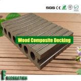 Decking durable Fissure-Résistant creux extérieur de WPC