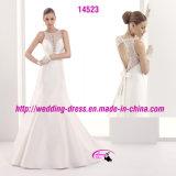 Dünnes reizvolles Form-Spitze-Hochzeits-Kleid mit rundem Ausschnitt