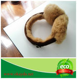 Manicotto genuino dell'orecchio della pelliccia dell'agnello