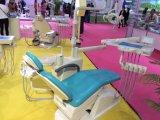 Zahnmedizinisches Stuhl-Gerät mit eingebautem Gewebe-Kasten