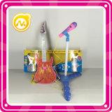 Het Stuk speelgoed van de gitaar met Microfoon