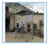 安全なセリウムは装飾のためのアルミニウム足場垂直を渡した