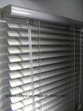cortina do Basswood de Headrail do metal do alto nível de Contorl do cabo da fita da escada das cortinas de indicador 35mm do ventilador de Headrail do metal do alto nível do controle do cabo da fita da escada dos Slats de 50mm