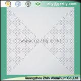 Hochwertige perforierte Nachahmung der Rollenbeschichtung-Decke