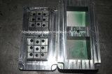 Качество отливает пластичную впрыску в форму для пластичных частей в фабрике Китая
