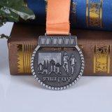 Medalla especial de la raza de la plata de la antigüedad de la medalla 3D de la aleación 2017 del cinc con el acollador del cuello, concesión del medallón del recuerdo del metal