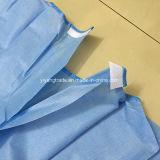 Vestido quirúrgico disponible médico para el cirujano con Stelization