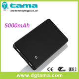 5000mAh Powerbank et batterie de sauvegarde de smartphone avec le commutateur de contact