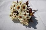 Preiswerte Silk künstliche Gänseblümchen-Großhandelsblumen für Dekoration