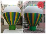 Iniziare l'attività fare pubblicità al piccolo dirigibile gigante B1-103 dell'aria