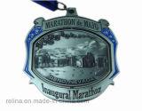 Medalha feita sob encomenda do esporte da maratona do funcionamento 10k da nadada do karaté da escola