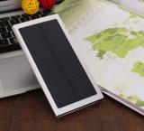 새로운 20000mAh는 휴대용 다중 운반 태양 에너지 은행을 체중을 줄인다