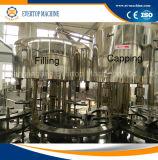 Flasche 10L, die Mineralwasser-Füllmaschine trinkt
