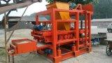 Machine solide creuse concrète automatique stationnaire recommandable de brique de bloc de machine à paver du couplage Qt4-25