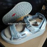 La última acción de la sandalia de la playa de la sandalia de la alta calidad de los hombres (FF328-5)
