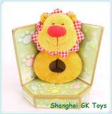 Милая цветастая трещотка льва игрушек младенца
