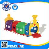O jogo plástico do jogo do parque de diversões das crianças brinca o campo de jogos interno (YL-HT006)