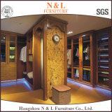 كبيرة خشبيّة خزانة ثوب مقصورة مع أبواب زجاجيّة