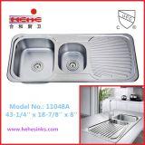 Spitzenmontierungs-Doppelt-Filterglocke-Küche-Wanne mit Abfluss-Vorstand (11048)