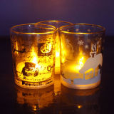 Tarro de cristal amarillo de la vela de la iglesia de la cera de parafina que oscila