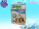 Bonne qualité et prix concurrentiel pour des couches-culottes de bébé
