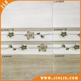 Material de construcción poco azulejo de cerámica de la pared de la cocina brillante del cuarto de baño de la flor