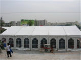Grande grande tente blanche extérieure d'usager de chapiteau de mariage