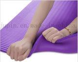 Couvre-tapis respectueux de l'environnement mou de yoga de sport du logo NBR Nurable d'OEM