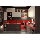 扱自由なマットの黒くおよび赤いラッカー木の食器棚