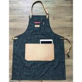 Fabrik-professionelle schwarze in voller Länge Denim-Herrenfriseur-Schutzbleche mit ledernen Hilfsmittel-Taschen