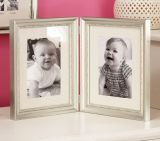 Fine Art Frame Baby Picture color oro