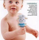 De Rammelaar van de baby en het Stuk speelgoed van de Pluche Sqeaker