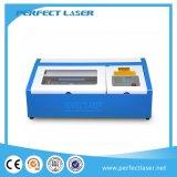 Grabador del laser para el MDF de acrílico del plexiglás del sello de la tarjeta del PVC