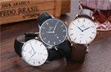 ロゴの安い価格の腕時計の日本カスタマイズされたMiyota Movtステンレス鋼または本革またはナイロンメンズウォッチ72012