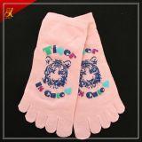 Peúgas muito baratas bonitas populares do dedo do pé do costume