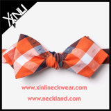 Les Mens vendent l'orange faite sur commande Bowtie de coton
