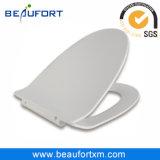 Вспомогательное оборудование ванной комнаты крышки туалета ви-образност тонкое с Slow Down