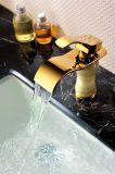 Robinet d'or d'en cuivre de bassin de salle de bains de couleur (SD-L-001B)